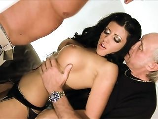 Raven haired cutie luvs obeying 2 boners simultaneously free copulation