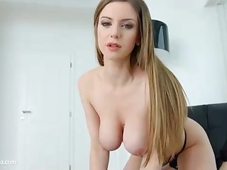 Stella Cox is getting drilled from the back and shrieking from enjoyment while having an count out