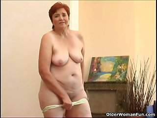 68 year grey granny masturbates her sweet grown up cunt