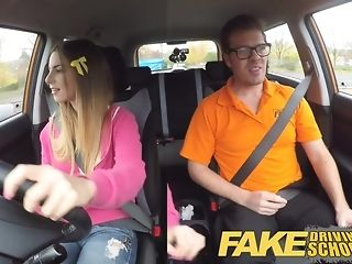 Dark-hued damsel gets packed with beclouded jizm after a driving lesson pornvideo