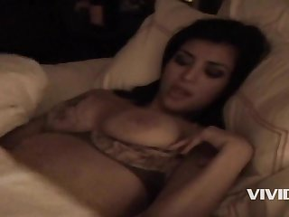 Kim Kardashian Lovemaking Tape: Kim K and Ray J Nude Porn Video