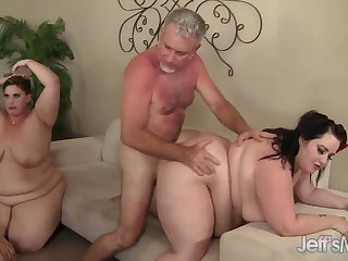 5 Horny BBWs fucked unconnected with 3 cocks