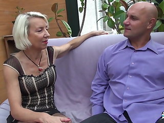 La Cochonne -  French Mature Floosie Gets Say no to Ass Pounded